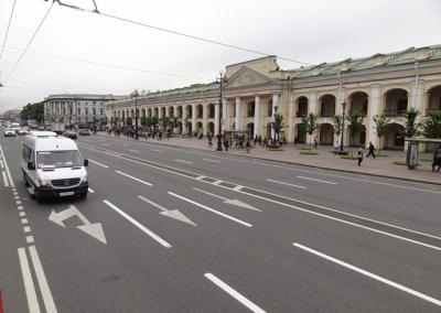 13-Russia-St.-P.-Kaufhaus
