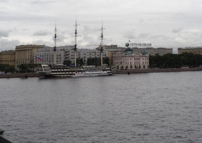 29-Russia-St.-P.-Neva
