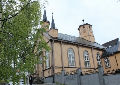 36-Norwegen-Tromsoe-Nordic-Cathedrale-640x427