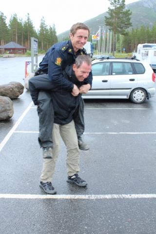 37-Norwegen-Junkerdal-Polizei-427x640